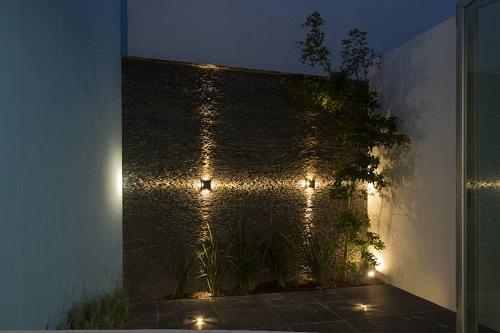 luces para el jardín
